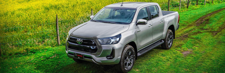 Banner Toyota Hilux 2.4L 2021